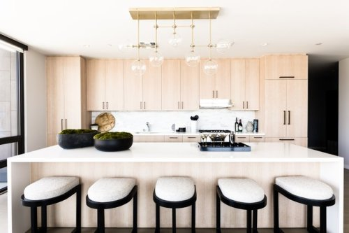 10 Kitchen Chandeliers That Will Instantly Up the Wow Factor of Any Culinary Design | Hunker