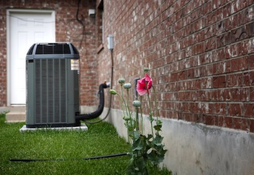 How to Clean Your Outdoor Air Conditioner Unit | Hunker