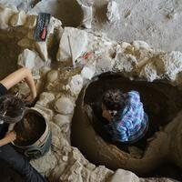 Pithos burials found in ancient Antandros