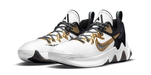 """The Greek Freak Celebrates First Ring With Nike Giannis Immortality """"Championship"""""""