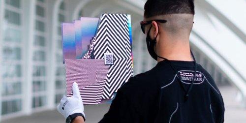 Felipe Pantone Releases Manipulable 'W3-DIMENSIONAL 2' Sculpture