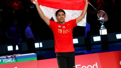 China stunned in Thomas Cup final as Indonesia end 19-year wait for glory