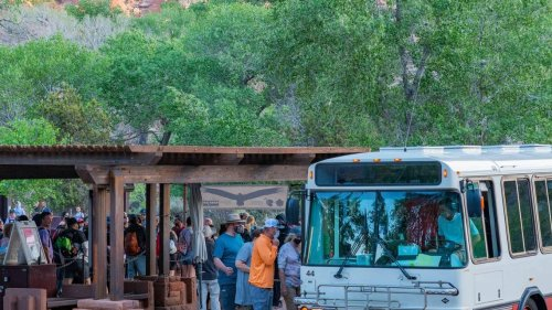 Bus drivers at national park quit after 'verbal abuse' over face mask rule, Zion says