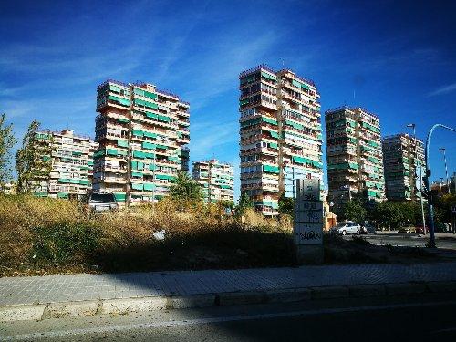 Por qué casi todos los toldos son verdes en España