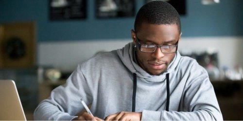 Wie Studenten mit iPhone und Live Text abschreiben