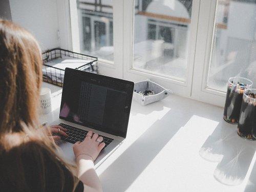 """Kreative """"daheimarbeit"""" – Wie Homeoffice das Wohnen verändert"""
