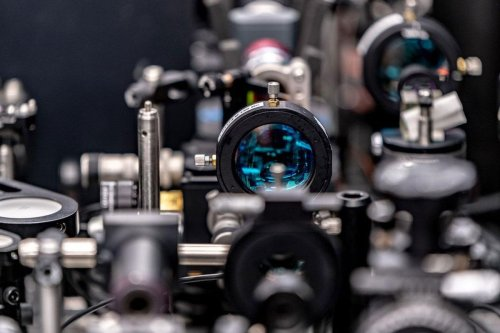 New Optical Switch up to 1000x Faster Than Transistors