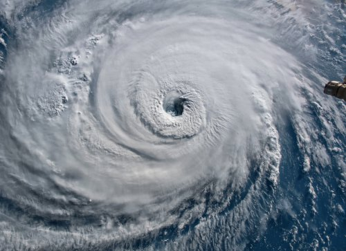 """Norwegian Company Developing """"Bubble Curtain"""" Technology To Prevent Hurricanes"""