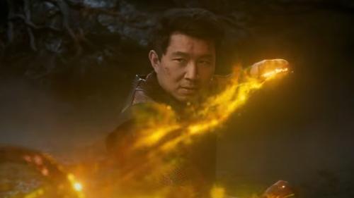 Shang-Chi y La Leyenda de los Diez Anillos publica un nuevo tráiler centrado en la acción y la historia del hé