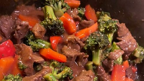 I TRIED IT: Literally The Easiest Beef Stir-Fry Ever