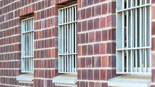 Warnung vor Suiziden im Gefängnis: Neue Technik scheitert