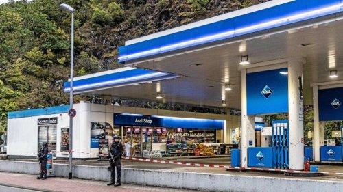 Tankstelle Idar-Oberstein: Mutmaßlicher Täter fiel mit radikalen Posts auf