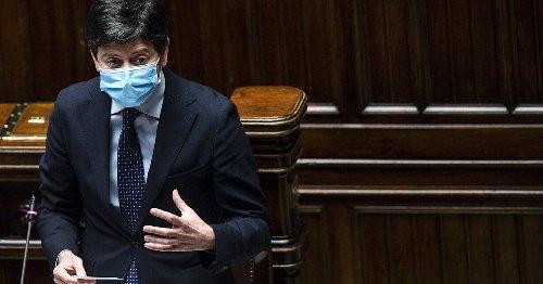 """""""Noi stiamo con Roberto"""". L'appello in difesa del ministro Speranza"""