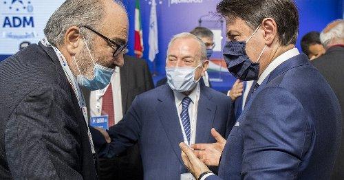 """Il """"complotto"""" per far cadere Conte? Il Pd non segue la tesi Bettini"""