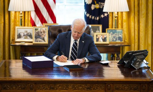 Biden sta cercando di evitare la Terza Guerra mondiale...