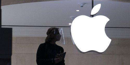 Apple è stata denunciata nel Regno Unito per il sovrapprezzo imposto ai consumatori sulle app scaricate dall'App Store - Il Post
