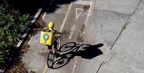 Il governo spagnolo ha approvato un importante decreto legge sui rider - Il Post