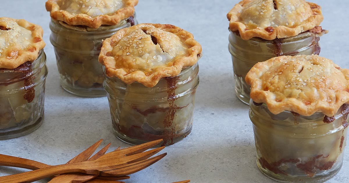 60 of the Greatest Apple Dessert Recipes in the Whole Entire Universe