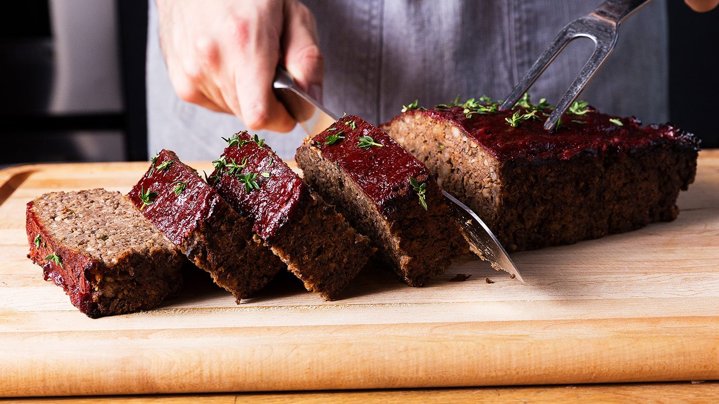 Mushroom Meatloaf Is Just As Good As The Real Thing