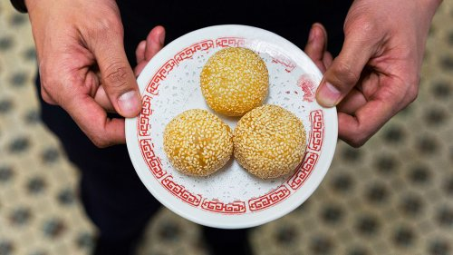 This Is The Right Way To Eat Dim Sum