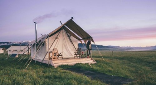 The Best Glamping in and Around U.S. National Parks