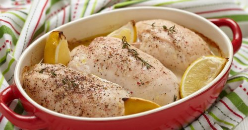 The Secret To Juicy Chicken Breasts In The Oven