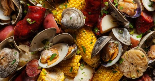 This New England Clam Boil Will Upgrade Your Seafood Meals