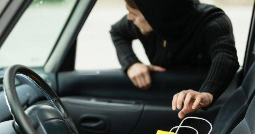 Berlin-Neukölln: Dieb zerschlägt zehn Autoscheiben – Zeugen überwältigen ihn