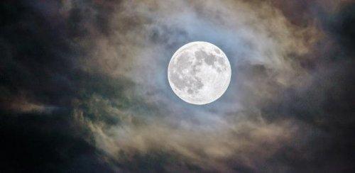 Lua Cheia muda a forma como as pessoas dormem sem percebermos