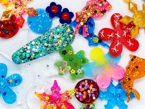 Epoxy resin crafts for beginners: how to use resin