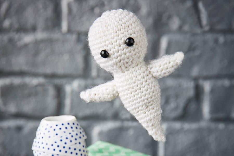 7. Free amigurumi ghost crochet pattern
