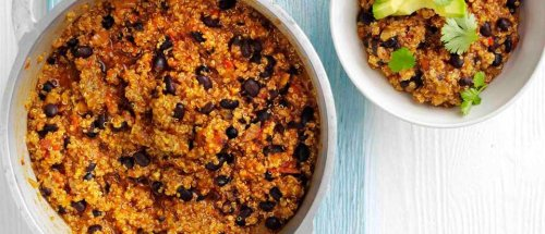 Quinoa and black bean chilli