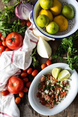 Colombian Empanada sauce, or how to make Easy Colombian Pico de Gallo : At the Immigrant's Table