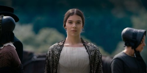 Hailee Steinfeld says 'Dickinson' set leak 'complete violation of privacy'