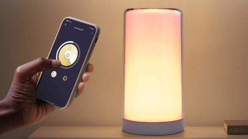 The colorful HomeKit-enabled Meross WiFi Smart Table Lamp is available now