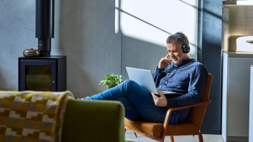 7 Psychology Podcasts That Will Make You More Successful at Work