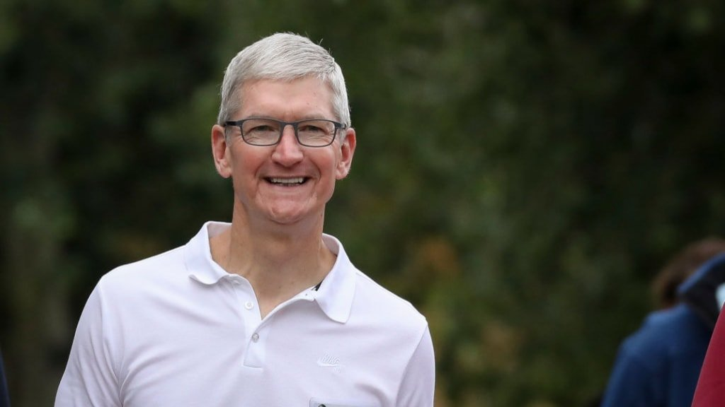 With 1 Sentence Tim Cook Explained The Real Reason Morning People Are More Productive