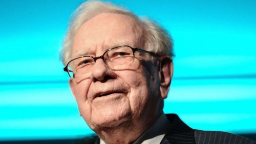 Warren Buffett Just Explained One of His Biggest Mistakes and Revealed a Truth Most Leaders Avoid