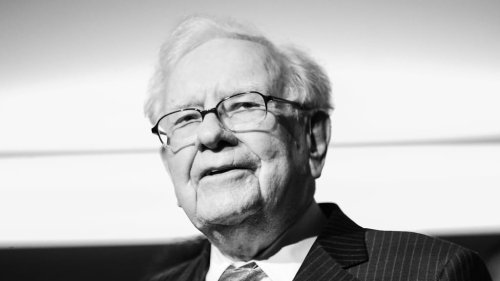 Warren Buffett Says This One Rare Investment Choice Will Produce a Lifetime of Returns