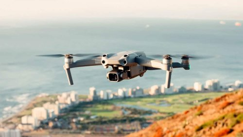 DJI Air 2S folding quadcopter with new 1-inch sensor shoots 5.4K video