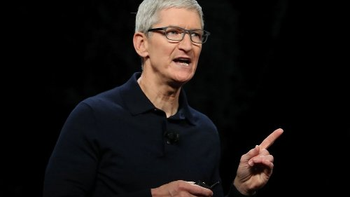 With Just 7 Words, Tim Cook Perfectly Explained the Battle Between Apple and Facebook