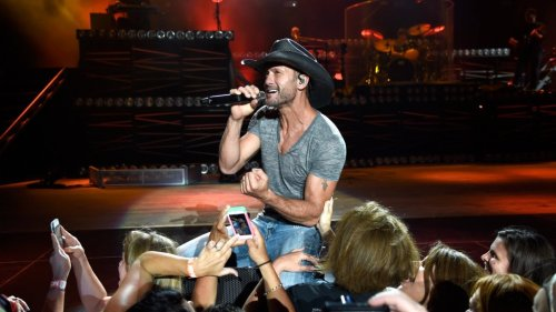 Ultra-Fit Country Music Star, Tim McGraw Says 'Microgoals' Are the Secret to Achieving Your New Year's Resolutions
