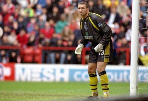 Former Arsenal goalkeeper Alan Miler dies aged 51