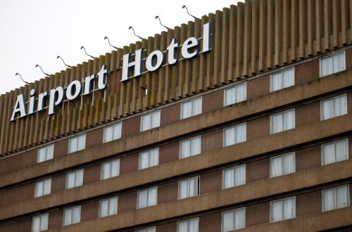 Police smash door and arrest man who failed to quarantine in hotel