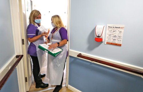 Ministers 'will make Covid vaccines compulsory for care home staff'