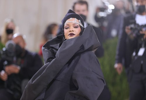 Rihanna teases new album and says it's 'completely different'