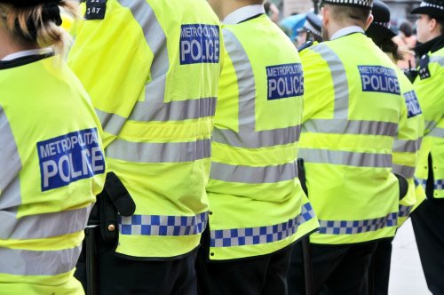 Nine police officers fined after eating in together at London cafe