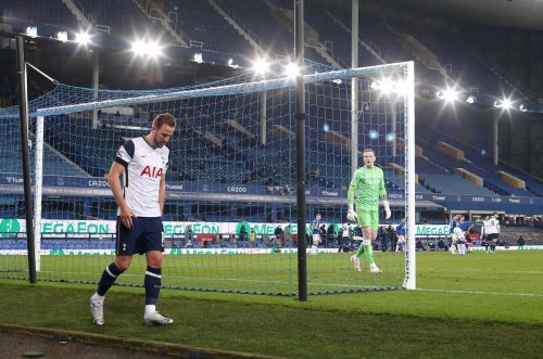 Harry Kane limps away from Tottenham's draw at Everton with ankle injury
