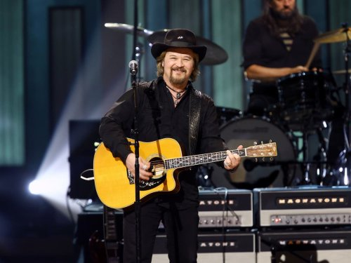 Travis Tritt is mocked for cancelling concerts at venues with vaccine mandates