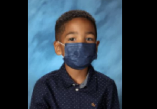 Boy, 6, refuses to take off face mask for school portrait: 'I listen to my mom'